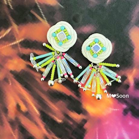【フラワー・線香花火−ネオン−】2color  ピアスorイヤリング