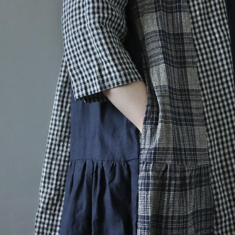 大人っぽく着れるチェックのリネンワンピース〈Particular〉