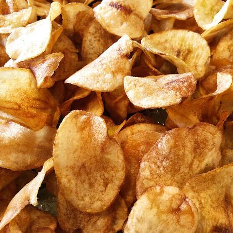 厚切りポテトチップス〈塩山椒〉
