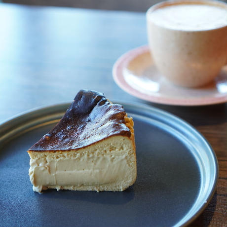 ほうじ茶バスクチーズケーキ