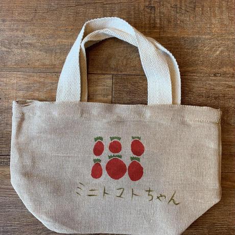JURIさんのミニトマトちゃんランチバッグ