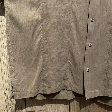 GEOFFREY BEENE Silk Open Collar Shirt
