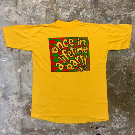 90's Unknown Mock Neck Tee