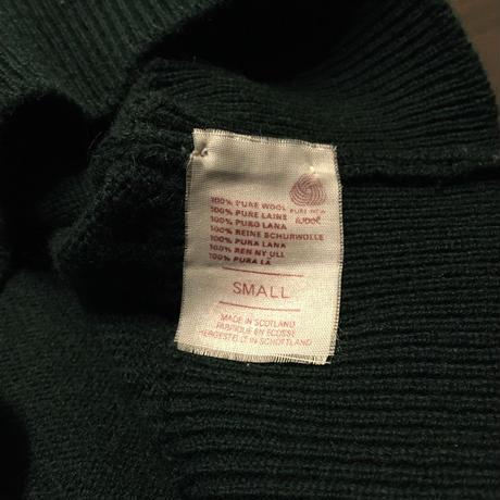 ~90's Lyle Scott Lambs Wool Sweater