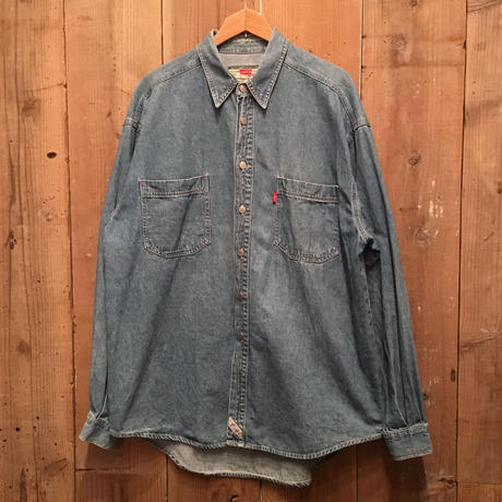 90's Levi's Denim Shirt