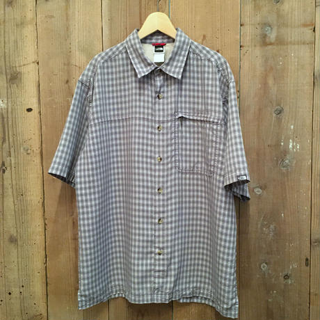 The North Face Plaid Shirt GRAY