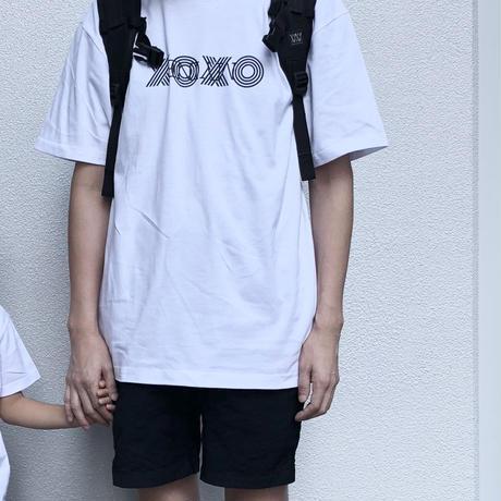 XOXOTシャツ
