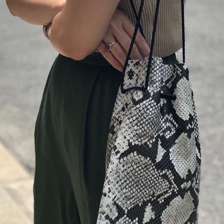 パイソン巾着BAG(ブラック)