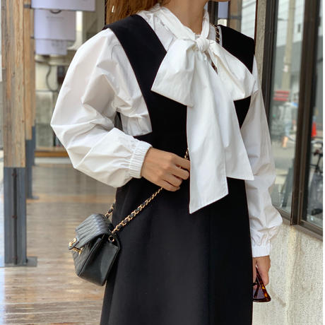 ボリュームスリーブbigリボンシャツ(ホワイト)