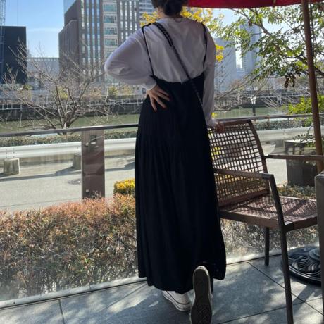 肩ひもローウエスト切替キャミワンピース(ブラック)