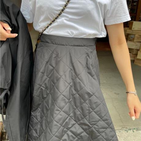 キルティングフレアスカート(ブラック)