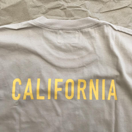 "CAPTAINS HELM - ""CALIFORNIA TEE"" (ベージュ)"