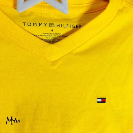 即納🇺🇸TOMMY HILFIGER V-neck T-shirt