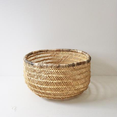 水草のバスケット