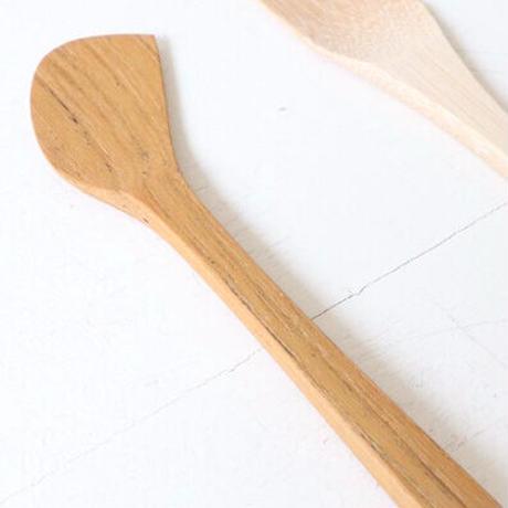 ワランワヤン knife     バターナイフ(写真右端)