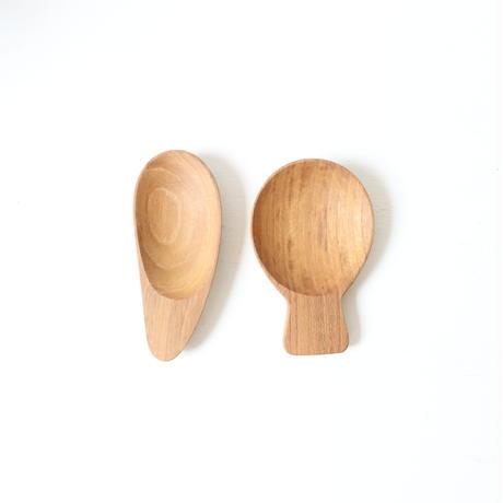 ワランワヤン 茶さじ pear  (写真左)