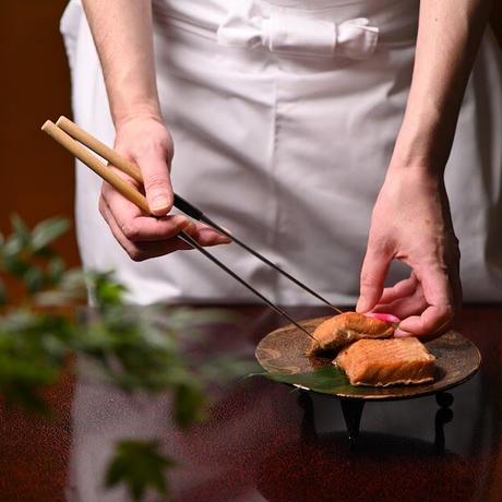 味の詰合せ8(鮭の昆布巻、鮭の焼漬、いくら醤油漬、紅鮭ほぐし、数の子山海、神楽南蛮みそ)【NS408】