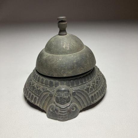 古銅の呼鈴