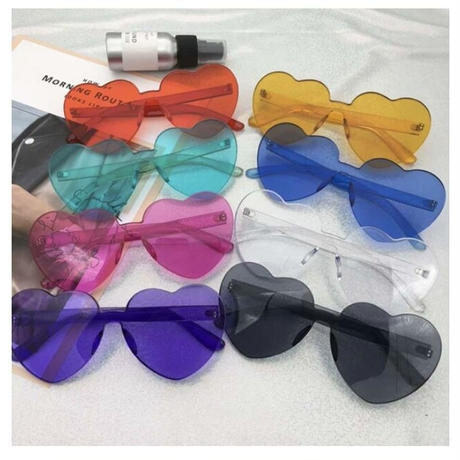 プラスチックハートサングラス【クリア】