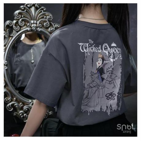 【お取り寄せ】ネックレス付き!ディズニー公認☆白雪姫ヴィランズシャツ