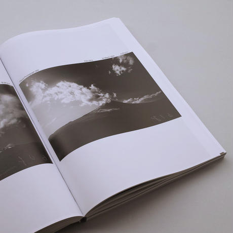 Helmut Volter / The Movement of Clouds around Mount Fuji - Photographed and Filmed by Masanao Abe