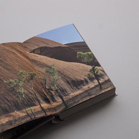 Anish Kapoor / Uluru and Kata Tjuta