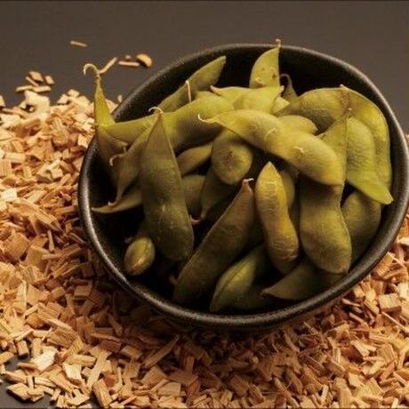 【さくらチップのスモーク香る】スライスサーモンと燻製茶豆の晩酌セット