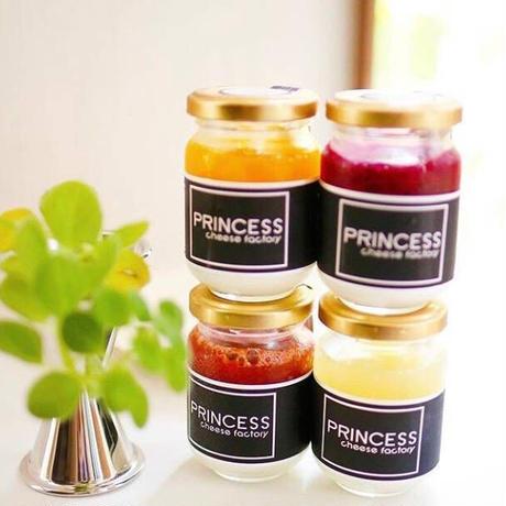 【Princess Cheese Factory】フルーツ果肉が たっぷり入った、ふわとろ生チーズケーキ【4つのフレーバーセット】
