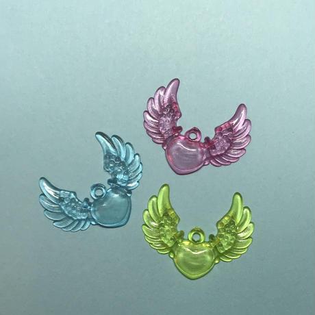 【プライスダウン】クリア ハートに羽が生えた 〈10コ〉