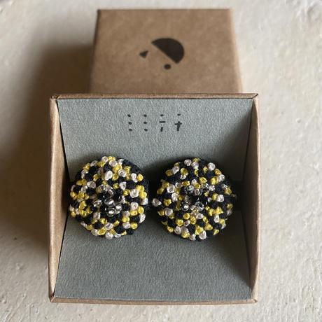 【ミミテチ】刺繍イヤリングE/ビーズ付き
