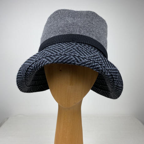 AYB-02 raffiné petit   knit