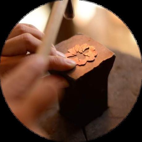 〜 Process of production  〜 製作技法について 〜   自然スケッチ ー デザイン原画 ー 金属生地作り ー 透かし・凸凹 ー 溶接 ー留め具ータガネ研磨ー