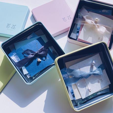 #91 百花 Horn Pearl Earrings