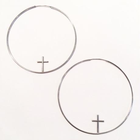 Cross hoop pierce L