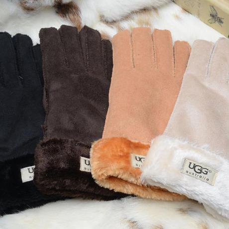 最高級の UGG アグ 手袋 使い勝手の良い アグ手袋 4色