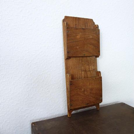 木製レタースタンド