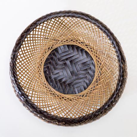 鉄鉢盛篭黒