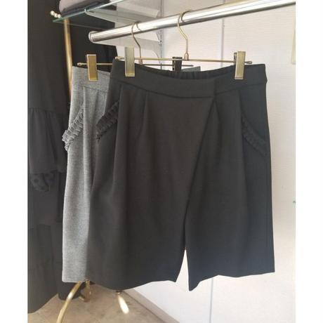 フリルポケットショートパンツ グレー 黒ブラック