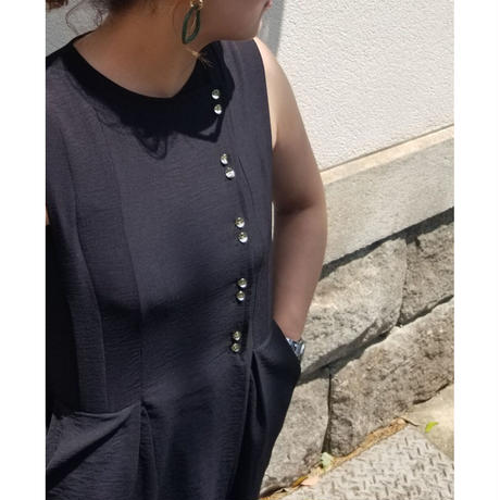 オールインワン 黒ブラック