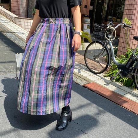 チェック柄メモリーフレアスカート