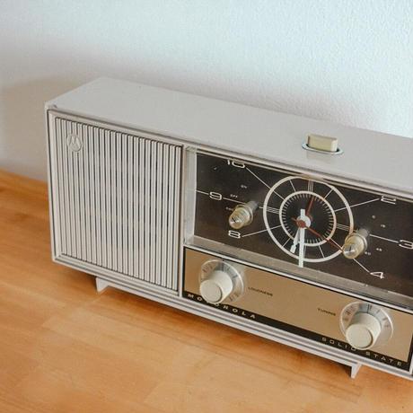 ヴィンテージ真空管ラジオ(グレー)