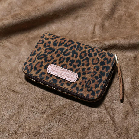 【THE SUPERIOR LABOR 】leopard print  zip middle wallet