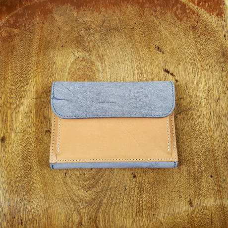 22.outside pocket middle wallet