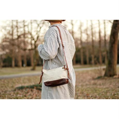 【THE SUPERIOR LABOR 】leather bottom shoulder bag S
