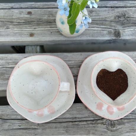 ハートカップ[カップ&ソーサー]_ギャラリー花matsuri/花の器・食の器 ひろし【奈良きたまち商店街】