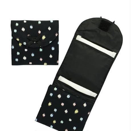 ナラヤ NaRaYa 携帯用 コンパクト 収納 サニタリーケース( 三つ折りタイプ 生理用品 ナプキンポーチ )・ペイントドット NB-344A