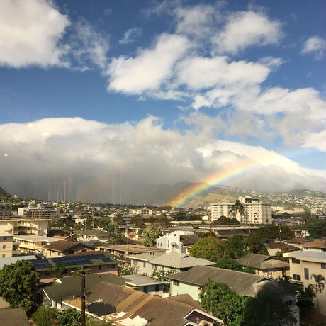 虹の見える静かな部屋でハワイ満喫ー便利なロケーション
