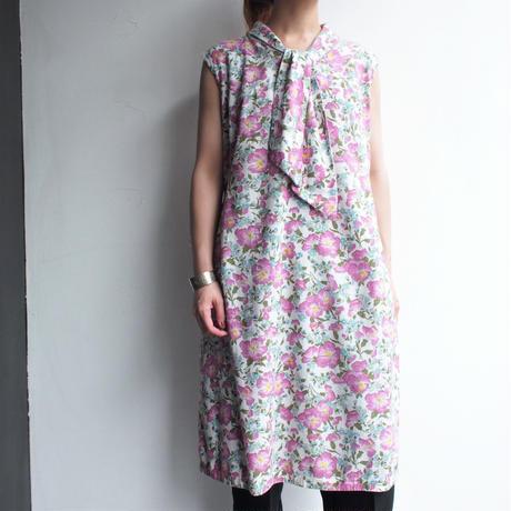 1980's  Cap sleeve flower printed dress
