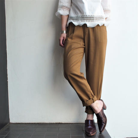 Khaki-brown high waist tucks pants