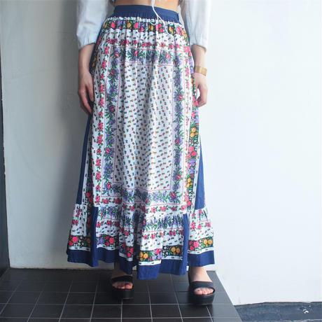 Flower print long skirt